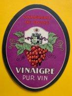 11465 - Vinaigrerie De Bourg Vinaigre Pur Vin - Etiquettes