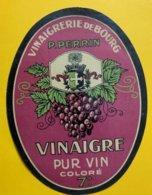 11466 - Vinaigrerie De Bourg P.Perrin Vinaigre Pur Vin Coloré - Andere