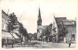 St. Elooiskerk Met Ingang Naar Koningin Astrifpark - Coutrai - Kortrijk - Kortrijk
