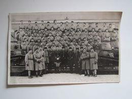CARTE POSTALE PHOTO MILITAIRE 506e Régiment De Chars De Combat à BESANCON. Chars FT 17, Un Avec Mitrailleuse Hotchkiss - France