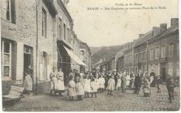 REVIN : Rue Gambetta Ou Ancienne Place De La Halle - TRES RARE CPA - Revin