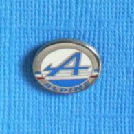 1 PIN'S //  ** LOGO / ALPINE RENAULT ** - Renault