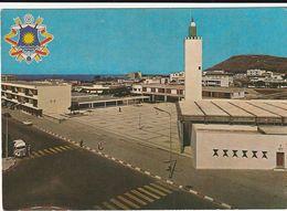 Carte Postale. Maroc. La Nouvelle Mosquée Et Les Armoiries De La Ville. Edition Jeff. Etat Moyen. Taches. - Islam