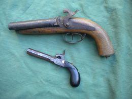 2 épave Pistolets Percussion - Decorative Weapons