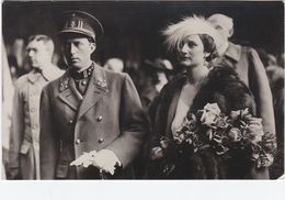 CPA N&b Léopold III Et La Reine Astrid - Mai 1935 - Royal Families