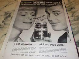 ANCIENNE PUBLICITE NESCAFE  CAFE SOLUBLE  1962 - Affiches