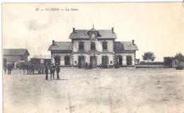 21- OUDJDA - LA GARE   BELLE CARTE ANIMEE 1927 - Morocco