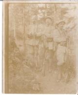 3 MILITAIRES EN FORET   PHOTO SEPIA - Guerra, Militari
