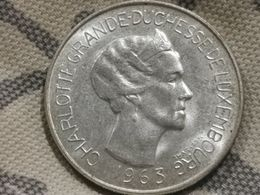Luxembourg, 100 Francs Charlotte 1963. Sup. - Luxembourg