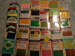 Lot De 32 Rubans Pour Loisir Creatif  Seam Binding -boilte Coats Et Clark -j P  Coats - Other