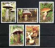 SAINT THOMAS ET PRINCE CHAMPIGNONS 1992 (22) N° Yvert 1089 à 1093 Oblitéré Used - Sao Tome Et Principe