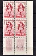 FRANCE 1953 - BLOC DE 4 TP /  Y.T. N° 943 - NEUFS** / COIN DE FEUILLE / DATE - 1950-1959