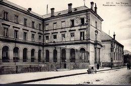 REMIREMONT  -  Le Collège  -  N° 225 C - Remiremont