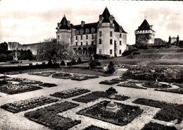 Saint Porchaire Chateau De La Roche Courbon L'ensemble Du Chateau Vu Du Jardin Fleuri    CPM Ou CPSM - Autres Communes