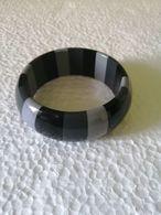 Vintage Tricolor  Plastic  Bracelet - Bracelets