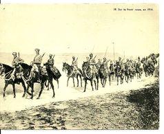 Fiche Photographique 14,5x11,5 Guerre 14/18  Sur LE FRONT RUSSE EN 1916  Le Miroir, 13 Aout 1916 (B.N Imprimé) - Reggimenti