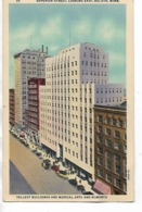 CPA - USA : Tallest Buildings Are Medical Arts  And Alwort  Superior Street , Looking EaSt -  DULUTH  - Minnesota - 1940 - Duluth