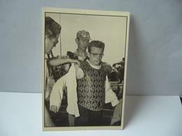 ENTR'ACTE LA FUREUR DE VIVRE NICHOLAS RAY 1955 SCÈNE D'ACTION POUR JAMES DEAN CPM EDITIONS ASPHODELE MACON - Artistas