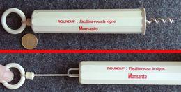 Tire-bouchon Saute-bouchon KARIBA Publicitaire ROUNDUP MONSANTO 1 Doigt - Bottle Openers