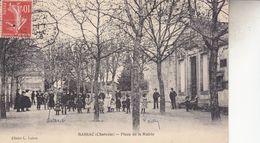 BASSAC  PLACE DE LA MAIRIE - Autres Communes