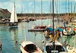 14 - Courseulles Sur Mer - Le Bassin Des Yachts - Bateaux - CPM - Voir Scans Recto-Verso - Courseulles-sur-Mer