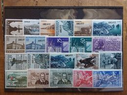 TRIESTE A - Annata 1954 - Posta Ordinaria Completa - Nuovi ** (1 Valore Leggero Ingiallimento) + Spese Postali - 7. Trieste
