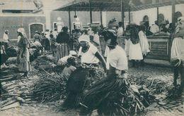 CABO VERDE - PRAIA - COSTUMES ( Ed. Oliveira Beirão & Cª. Lda) Carte  Postale - Cape Verde