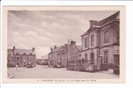 4 - PLOUASNE - La Place Avec La Mairie - Sonstige Gemeinden