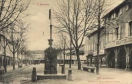 MIREPOIX  Ensemble De La Grande Place Labouche RV - Mirepoix