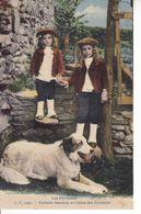 Les Pyrénées CC 1099 Enfants Ossalois  Et Chien Des Pyrénées - Chiens