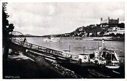 BRATISLAVA : BATEAU / SHIP Sur / On DANUBE ~ 1930 - '935 (ae845) - Slowakije