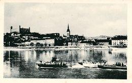 BRATISLAVA - BATEAUX / SHIPS Sur / On DANUBE ~ 1930 - '935 (ae847) - Slowakije