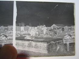 GUERRE 1914-18 -  Plaque De Verre Stéréo Négative - Militaires Et Canon De 75  - Format 6 X13 - Voir Annonce - Diapositiva Su Vetro