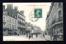 146 - FOUGERES (35 I-&-V) Place Gambetta (Edit. Sorel Rennes ) - Fougeres