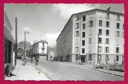 Carte Postale Semi Moderne Saint-Cloud - Les Coteaux - Boulevard Senard - Saint Cloud