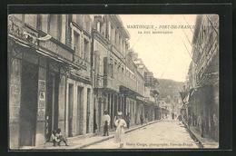 AK Martinique, Fort-de-France, La Rue Saint-Louis - Postcards