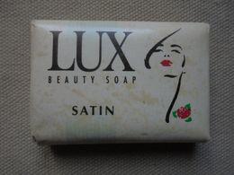 Ancien - Mini Savon Publicitaire LUX Satin Beauty Soap Années 90 - Other