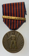 Militaria. Médaille Décoration Belge . Médaille Du Volontaire De Guerre Combattant. Barette Corée-Korea - Belgio