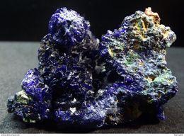 Azurite And Minor Malachite (4 X 2.5 X 2 Cm) Tongling Mine - Anhui Prov. China. - Minerals