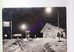 CPM:   Une Belle Carte  Année 1959   Hiver Neige   Station Antar  Route De Nancy   Saint- Dié  Relais Saint Roch - Saint Die
