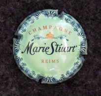Capsule CHAMPAGNE - MARIE STUART - Fond Vert Clair - Marie Stuart