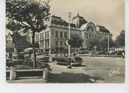 TROUVILLE - Le Casino (automobiles ) - Trouville
