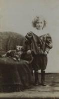 France Lille Hellemmes Enfant Et Son Chien Jouet? Ancienne Photo CDV Duvet 1900 - Photos