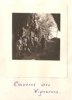 Foto Photo ( 7 X 8 Cm) Caverne Des Vignerons 1951 - Postcards