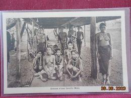 CPA - Groupe D'une Famille Moïs - Vietnam