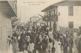 CPA Afrique Sénégal Rufisque Un Jour De Fête - Sénégal