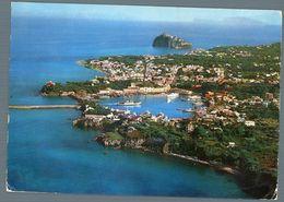 °°° Cartolina - Ischia Veduta Aerea Il Porto E Il Castello Viaggiata °°° - Napoli