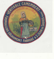 Y 360  / ETIQUETTE DE FROMAGE  -   CAMEMBERT  LA BELLE POITEVINE   J. REMOND   ST JEAN  DE SAUVES  ( VIENNE) - Cheese