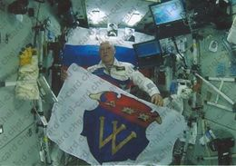 """[2018, Space, Astronauts, ISS] Postcard """"[ISS. Cosmonaut Oleg Artemyev. 725 Years To The City Of Vyborg]"""". - Rusland"""