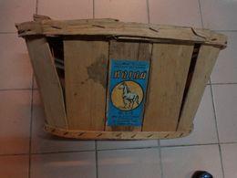 Caisse Cageot Ancien ---bois-pour Decor De Vitrine -theatre Etc.-. O.c.e-casablanca-ariba - Advertising